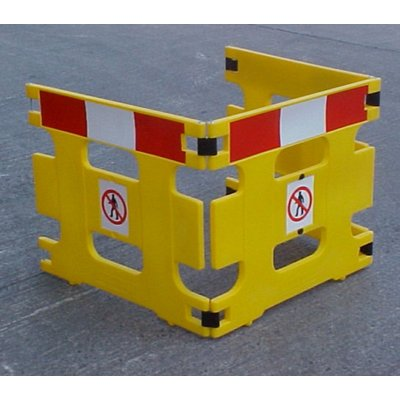 AddGards Handigard Safety Barriers - Red & White - Set of 3