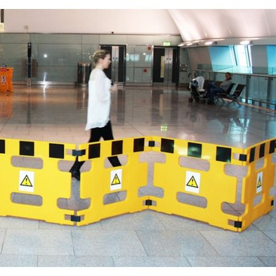 AddGards Handigard Safety Barriers - Black & Yellow - Set of 4